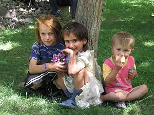 Tajik_Pamiri_children